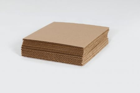 "9 7/8 x 9 7/8"" Corrugated Layer Pad"